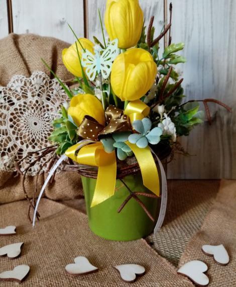Tavaszi asztali dísz